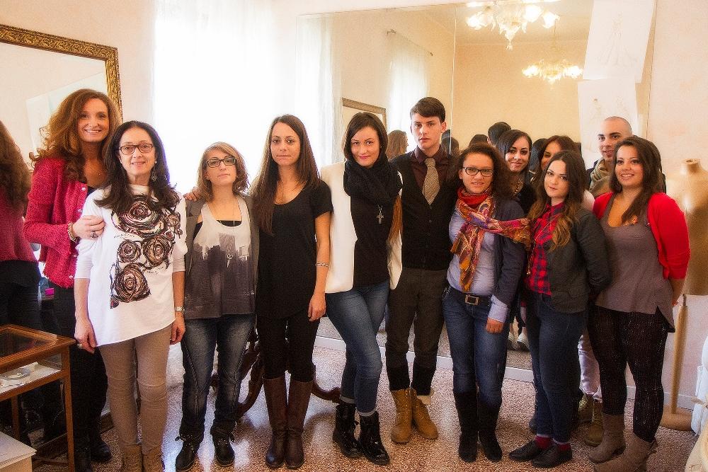 giovani stilisti alla prova con il progetto visionari