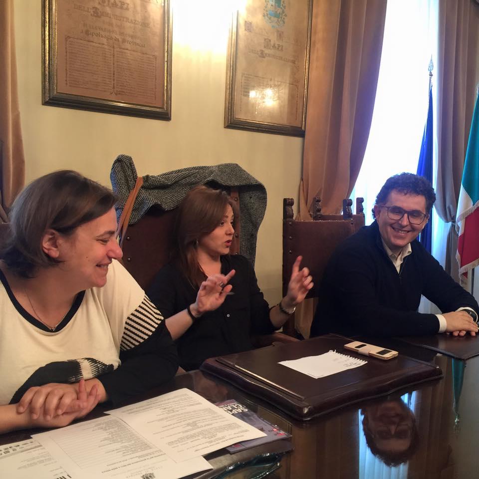 Pescara Arrivano Le Panchine Letterarie